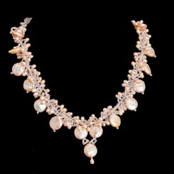 necklace-2125146_1920