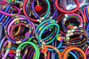accessories-accessory-bangles-753969